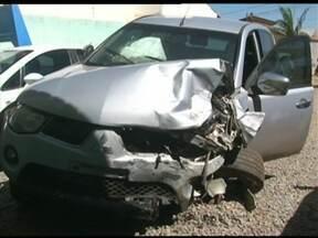 No interior: acidente mata 2 pessoas; postos são assaltados; ávore atinge Cesta do Povo - Veja o giro de notícias do BATV deste sábado (21)