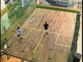 Maringá sedia Campeonato Mundial de Squash - A quadra onde são realizados os jogos fica dentro de um shopping da cidade