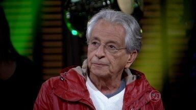 Fernando Gabeira mostra e comenta sua cobertura nas manifestações do 7 de setembro - Ex-político ainda traça as principais diferenças entre as manifestações de 2013 e as de 1968