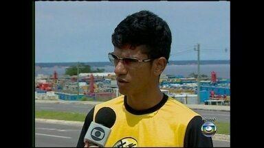 Repórter relata mortes por raios em Manaus - Daniela conversou com feridos sobre as conseqüências dos acidentes