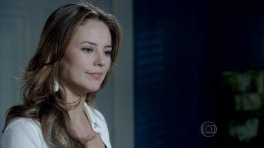 Amor à Vida - Capítulo de sábado, dia 05/10/2013, na íntegra - Rogério manda Natasha tomar cuidado e não deixar Thales ver seu rosto