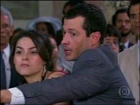 Relembre em Caras e Bocas, personagem de Fernanda Machado brigando - Novela foi exibida em 2009
