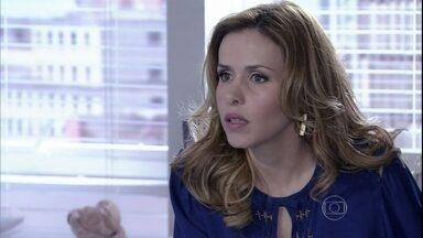 Glauce faz insinuações maldosas sobre Paloma - Ela responsabiliza a rival pela reaproximação entre Ninho e Paulinha e deixa Bruno enciumado