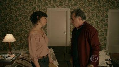 A Mulher do Prefeito - episódio do dia 18/10/2013, na íntegra - Conheça a história de Aurora, a mulher do prefeito!
