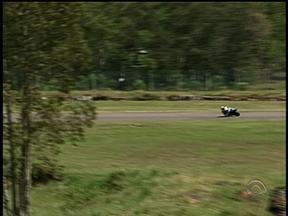 Santa Cruz do Sul, RS, recebe etapa do brasileiro de motovelocidade - Sábado (19) foi de treinos na cidade.