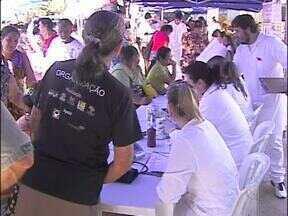 Sábado de orientação contra o câncer de mama e cuidados com a saúde - O trabalho foi realizado nos postos de saúde Porto Belo e São João.