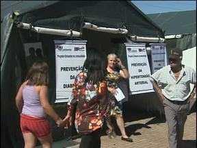 Ação Cívico Social, da campanha Cidade Limpa, agitou a região Norte de Cascavel - Moradores puderam aprender, aproveitar serviços gratuitos e se divertir.