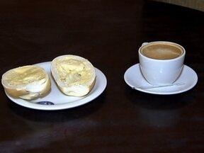 Preço do café da manhã fica mais caro no Brasil - O preço do leite subiu nos últimos meses e puxou os preços de todos os derivados. Pelos cálculos do IBGE, o leite foi um dos vilões da inflação do último índice divulgado.