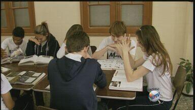 Estudantes da região se preparam para prestar o Enem - Estudantes da região se preparam para prestar o Enem