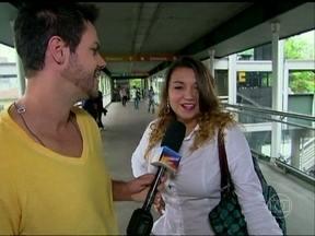 Vinícius Valverde quer saber: o que você diria para uma sogra mala? - Povão dá dicas para Valdirene responder a mãe de Inácio em Amor à Vida