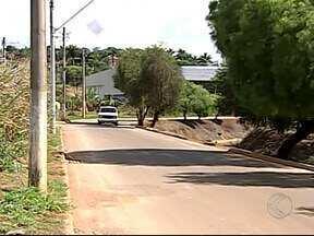 Gerente de Educação no Trânsito fala possíveis modificações em Avenida de Patos de Minas - Já foram registrados vários acidentes na Avenida Fátima Porto. A falta de respeito a sinalização é a principal causa dos acidentes.
