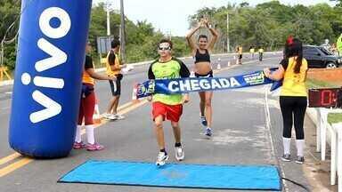 Corrida de rua reúne principais atletas do AM neste fim de semana - Prova foi realizada neste domingo, no município do interior.