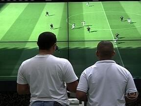 Maior feira de games na América Latina traz as principais novidades do setor - Em São Paulo, 150 empresas trouxeram o que tem de melhor para a Brasil Game. Transformar essa paixão em profissão é o objetivo de muitos jovens que irão ao evento nos próximos dias.