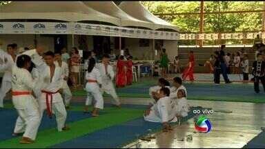 Projeto Esporte e Cidadania é realizado em Cuiabá - Sábado de muita diversão no Sesi do bairro Morada do Ouro, em Cuiabá.
