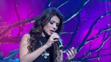 Paula Fernandes se apresenta com 'Pra você' - Cantora se apresenta no programa Altas Horas