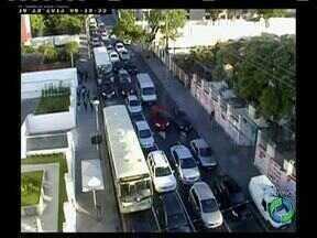 Semáforos serão desligados no Centro e no Alto da Glória em Curitiba - Veja também como está o trânsito neste começo de terça-feira.