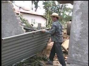 Defesa Civil começa monitoramento nas áreas atingidas pela chuva em Araguaçu - Defesa Civil começa monitoramento nas áreas atingidas pela chuva em Araguaçu.