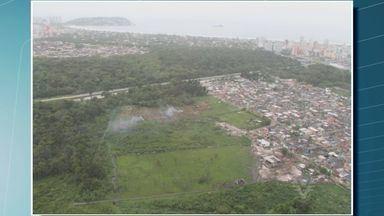 Autoridades de Guarujá se reúnem para decidir medidas a serem tomadas por invasão de áreas - Duas áreas da cidade foram invadidas