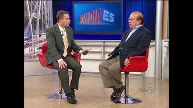 Economista do ES ensina usar o dinheiro do décimo terceiro - Anote as dicas de Mário Vasconcelos.