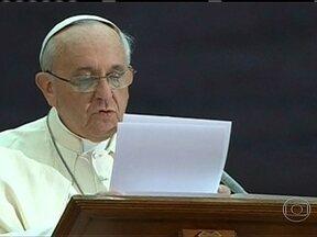 Serviço secreto dos EUA espiona o Papa - Nem mesmo o Papa Francisco escapou do serviço secreto dos Estados Unidos. O pontífice foi espionado pelo país norte-americano.