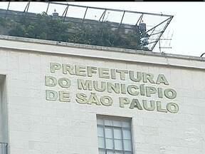 Construtora confirma o pagamento de propina a funcionários da prefeitura de São Paulo - Um representante de uma incorporadora de imóveis de São Paulo admitiu a promotores que pagou mais de R$ 4 milhões a auditores fiscais. Eles podem ter causado um prejuízo de até R$ 500 bilhões aos cofres da prefeitura da cidade.