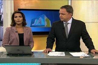 Confira os destaques do Jornal Anhanguera - Profissionais de enfermagem que atuam na rede pública de saúde em Goiânia realizam, nesta segunda-feira (4), uma paralisação da categoria. Apenas procedimentos de urgência, como reanimação, são mantidos.