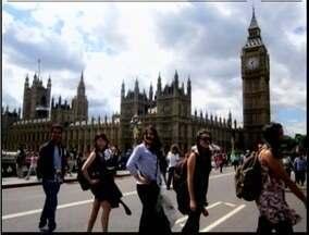 Intercâmbio cultural pode ser diferencial no currículo para possíveis contratações - Em 2012, aproximadamente 250 mil brasileiros foram estudar no exterior.