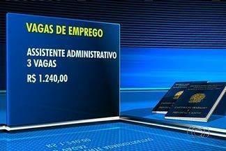Confira ofertas de emprego em Goiânia - Jornal Anhanguera mostra vagas de emprego para mecânico industrial.Também traz três vagas para assistente administrativo, com salário de R$ 1.240.