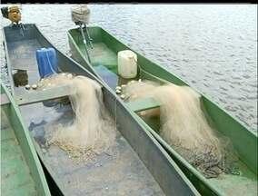 Período da Piracema proíbe pesca nos rios do Norte Fluminense - Essa é a época do ano em que os peixes de reproduzem.Porém, pescadores denunciam que comportas estariam atrapalhando reprodução.
