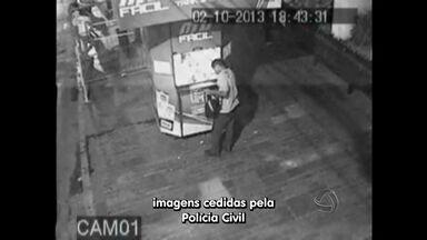 Imagens mostram assaltos em pontos da MTU em Cuiabá - Imagens mostram assaltos em pontos de recarga da MTU em Cuiabá.