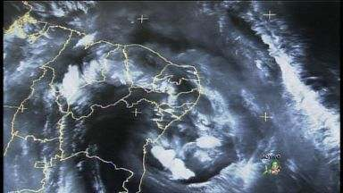 Cidades do Ceará devem receber mais chuvas nos próximos dias, diz Funceme - Chuva deve aliviar o calor e a seca no estado.
