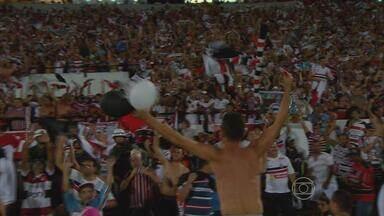 Santa Cruz vence o Betim e garante volta à Serie B - Estádio do Arruda recebeu 60 mil torcedores em jogo decisivo.