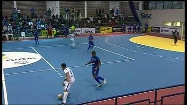 Dois jogos movimentaram as oitavas de final, da Copa Brasília de Futsal - Cruzeiro e Ceilândia se classificam para a próxima fase da competição.