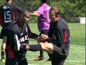 Paulo Baier se prepara para os próximos capítulos da carreira - Fã de novelas, meia quer seguir fazendo história no Atlético