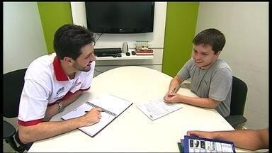 Guilherme Giovannoni, do Brasília, mostra sua rotina fora das quadras de basquete - Jogador ainda tem tempo para estudar e administrar uma escolinha de basquete.