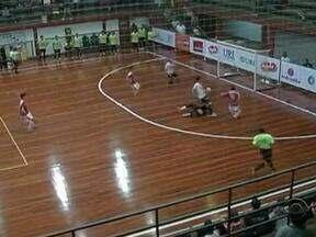 Atlântico vence a ACBF em Erechim pela Série Ouro de Futsal - Time da casa venceu o confronto por 3 a 2 e lidera a competição.