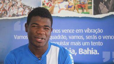 Bahia lança vídeo para convocar a torcida tricolor - Equipe baiana divulga produção com depoimentos de jogadores e do técnico Cristóvão Borges, que chamam os torcedores para a próxima partida. Vídeo ainda conta com erros de gravação.