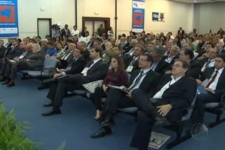 Agenda Bahia discute como o interior da Bahia pode se desenvolver mais - Evento é realizado em Salvador e reúne gestores públicos, especialistas e empresários.