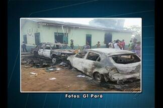 16 homens da PM de Santarém foram enviados para reforçar a segurança em Oriximiná - Moradores revoltados com uma abordagem de agentes de trânsito, atearam fogo em carros e depredaram a sede da coordenadoria municipal de trânsito.