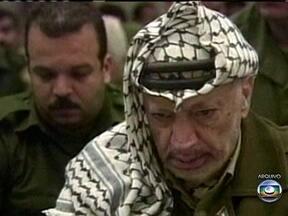 Exames sugerem que Yasser Arafat pode ter sido envenenado - Na noite de 12 de outubro de 2004, depois do jantar, Yasser Arafat começou a passar mal e a saúde dele entrou em um processo de degradação que o levou à morte.