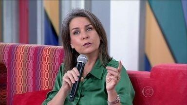 Angela Figueiredo conta que estuda cerca de cinco horas com o filho caçula - 'Não é pouco tempo não, mas fico lá, junto com ele', diz a atriz