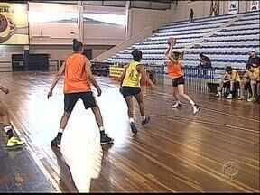 Novo Basquete Ponta Grossa entra em quadra hoje - O time feminino enfrenta o Cascavel, às 20h, em Ponta Grossa.