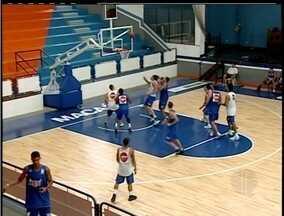 Macaé Basquete e Goiânia se enfrentam na estreia pelo NBB - Equipes duelam no Ginásio Juquinha, no Norte Fluminense, às 19h30.