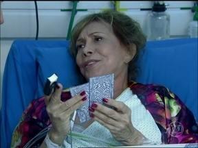 Reveja Marisa Orth e Arlete Salles em SOS Emergência - Cena foi ao ar em 2010