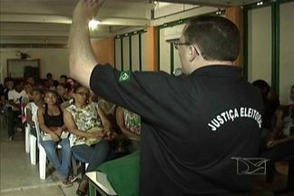 Em Pindaré-Mirim, Justiça Eleitoral quer despertar nos jovens interesse pela política - Por não serem obrigados a votar, muitos não se preocupam em tirar o título de eleitor.