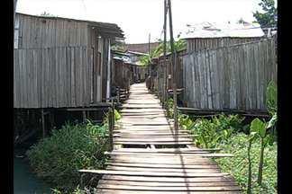 Moradores do conjunto Guajará, em Belém, reclamam de ponte quebrada - Moradores do conjunto Guajará, em Belém, reclamam de ponte quebrada.