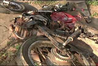 Em Bacabal, estudante de 15 anos morre em um acidente na BR-316 - Ele estava dirigindo uma moto, quando foi atingido por um caminhão.