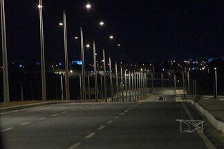 A Via Expressa, em São Luís, já está iluminada após denúncias mostradas na TV Mirante - A Via Expressa, em São Luís, já está iluminada após denúncias mostradas na TV Mirante.
