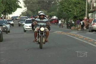 Em Caxias, houve um crescimento no número de veículos roubados - Em Caxias, houve um crescimento no número de veículos roubados, a maioria motocicletas. Mas também aumentou o número de veículos recuperados pela polícia.