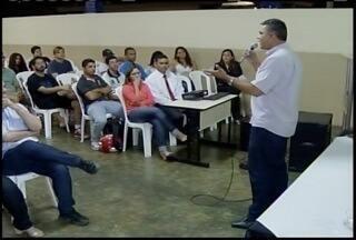 Encontro de estudantes e jornalistas debate avanços do webjornalismo - Atvidade foi realizada em uma faculdade de comunicação de Montes Claros.
